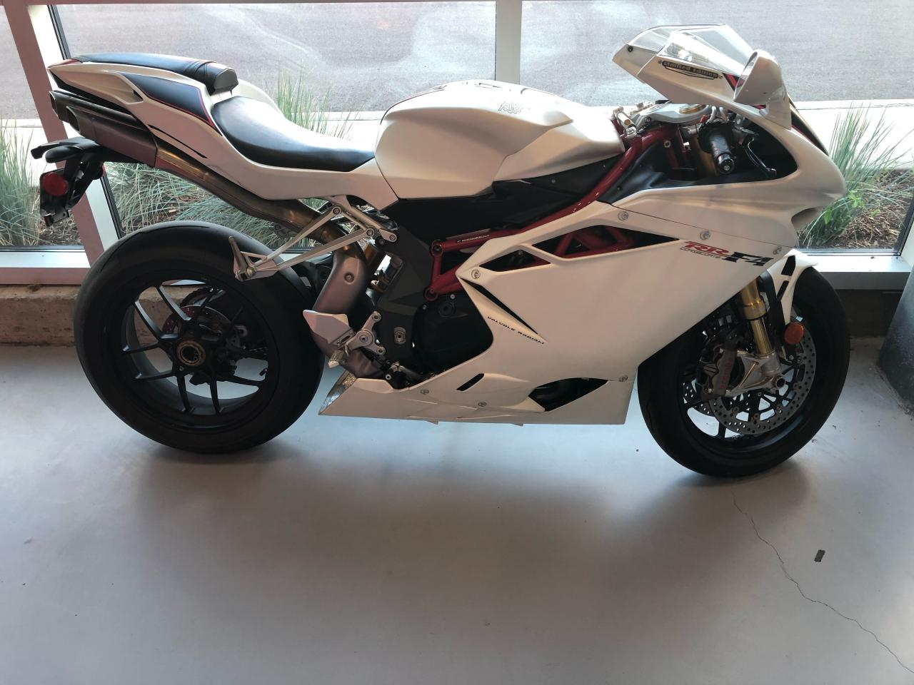 Photo of White 2012 MV Agusta F4 RR Corsacorta Limited Edition