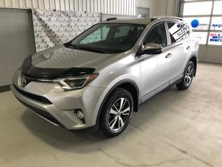 Used 2016 Toyota RAV4 RAV4 XLE AWD (93$ par sem)* for sale in Chicoutimi, QC