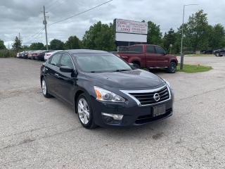 Used 2014 Nissan Altima 2.5 SV W/ Nav, blind spot alert & more for sale in Komoka, ON