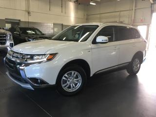 Used 2017 Mitsubishi Outlander 7 PASSAGERS/AWD/SIEGES CHAUFFANTS/V6 3.0L for sale in Blainville, QC
