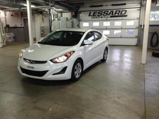Used 2015 Hyundai Elantra Berline 4 portes, boîte manuelle, L for sale in Québec, QC