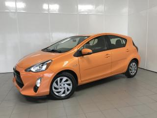 Used 2015 Toyota Prius c Hayon 5 portes, A/C for sale in Montréal, QC