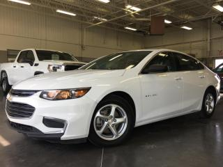 Used 2017 Chevrolet Malibu AIR CLIM / CAMERA RECUL / TELEDEVEROUILLAGE for sale in Blainville, QC