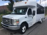 Photo of White 2008 Ford E350