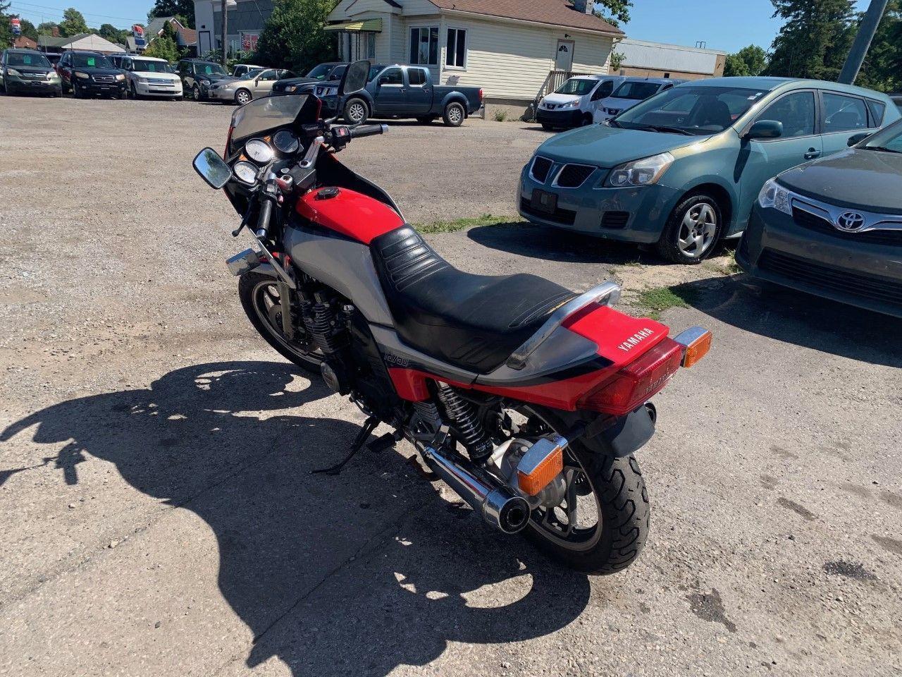 1984 Yamaha XSR700