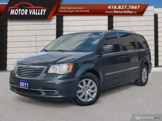 Used 2011 Chrysler Town & Country Touring w/Leather Nav B.Up Cam DVD for sale in Scarborough, ON