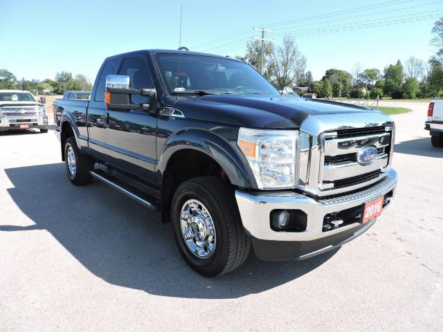 2016 Ford F-250 Lariat. Leather. Loaded. Well oiled