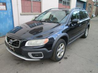 Used 2010 Volvo XC70 3.2L Premium| Bluetooth| Sunroof. for sale in Toronto, ON