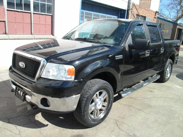 2006 Ford F-150 Supercrew 4X4 4dr with DVD Player.