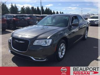 Used 2018 Chrysler 300 300 TOURING ***28 200 KM*** for sale in Beauport, QC