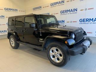 Used 2015 Jeep Wrangler 4 dr Sahara- BAS KM- MANUELLE- V6 3.6L for sale in St-Raymond, QC