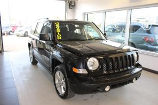 Used 2013 Jeep Patriot Traction avant, 4 portes, Sport noir a b for sale in Lévis, QC