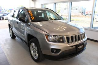Used 2014 Jeep Compass VUS 4X4 SPORT AUTOMATIQUE AVEC A/C A BAS for sale in Lévis, QC
