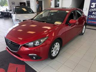 Used 2014 Mazda MAZDA3 GS-SKY / CRUISE / TOIT OUVRANT / for sale in Sherbrooke, QC