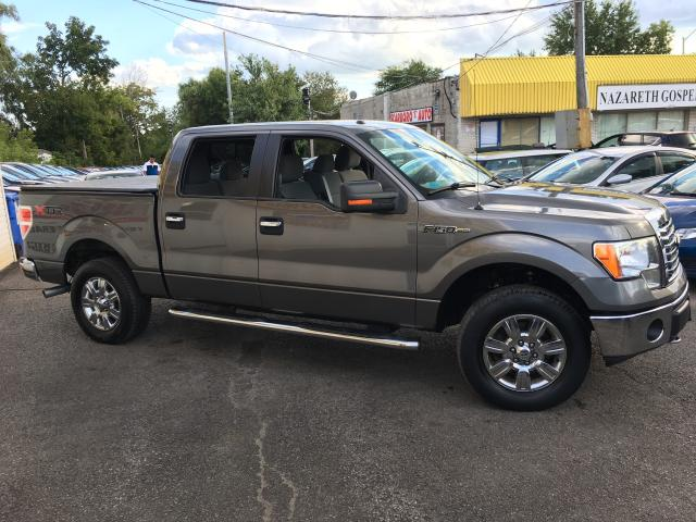 2011 Ford F-150 XLT/ CREW CAB/ 4X4/ 6 SEATER/ ALLOYS & MORE!