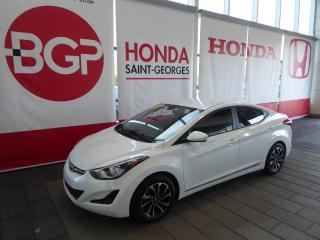 Used 2015 Hyundai Elantra GL for sale in St-Georges, QC