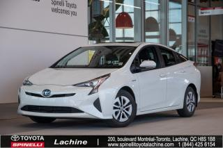 Used 2017 Toyota Prius Technology TRÈS ÉQUIPÉ! GPS! HUD! CUIR! SIÈGES CHAUFFANT! BLUETOOTH! MAGS! TOIT OUVRANT! UN PROPRIÉTAIRE! for sale in Lachine, QC