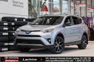 Used 2017 Toyota RAV4 Hybrid SE SIÈGES CHAUFFANT! BLUETOOTH! MAGS! TOIT OUVRANT! PNEUS D'HIVER INCLUS! SUPER PRIX! FAITES VITE! for sale in Lachine, QC