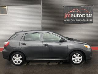 Used 2009 Toyota Matrix Familiale manuelle à traction for sale in Québec, QC