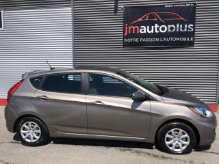 Used 2013 Hyundai Accent Voiture à hayon, 5 portes,manuelle L for sale in Québec, QC