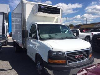 Used 2014 GMC Savana 4500 2WT unite de refrigeration boite isoler for sale in St-Hyacinthe, QC