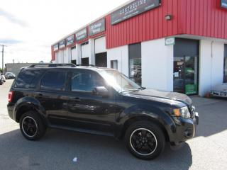Used 2011 Ford Escape Xlt $5,995+HST+LIC FEE/ NAVIATION / CLEAN CARFAX REPORT for sale in North York, ON