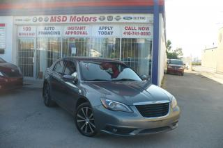 Used 2013 Chrysler 200 Touring for sale in Toronto, ON