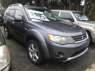 Used 2007 Mitsubishi Outlander XLS 4WD for sale in Scarborough, ON