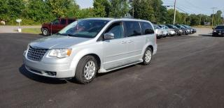 Used 2008 Chrysler Town & Country TOURING for sale in Madoc, ON