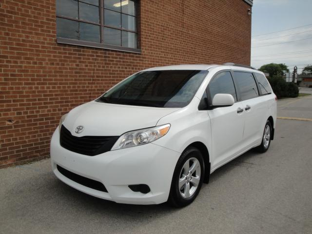 2013 Toyota Sienna 7 PASSENGER /NO ACCIDENTS