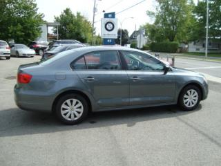 Used 2013 Volkswagen Jetta TRENDLINE A/C for sale in Ste-Thérèse, QC