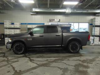 Used 2016 RAM 1500 4WD Crew Cab Outdoorsman eco diesel for sale in Amos, QC