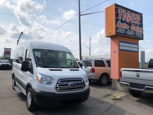 2019 Ford Transit XLT**ONLY 5,520 KMS**8 PASSENGER**LIKE NEW**