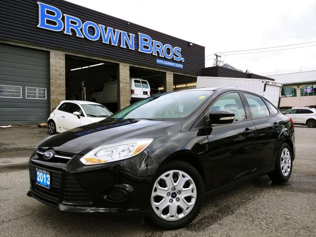 2013 Ford Focus SE, NO ACCIDENTS, HTD SEATS, MOONROOF