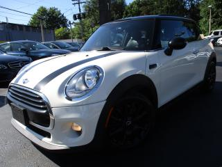 Used 2015 MINI Cooper Hardtop COOPER | ONE OWNER | 91,000KM | SUNROOF !! for sale in Burlington, ON