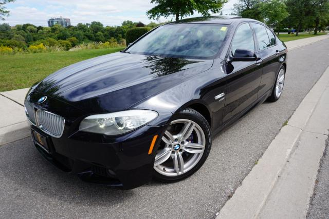 2012 BMW 5 Series 550XI - M SPORT / HEADS UP DISPLAY / BLACK BEAUTY