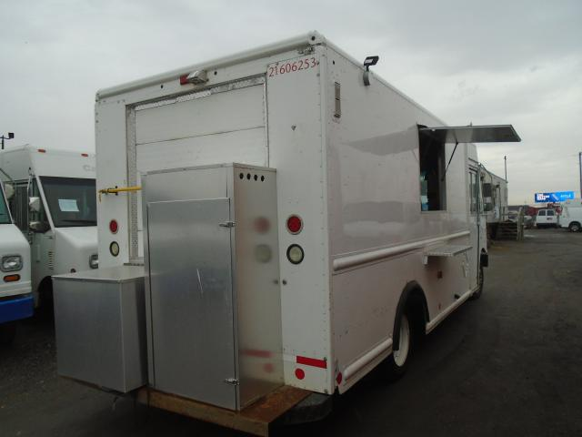 2007 Utilimaster food truck food truck
