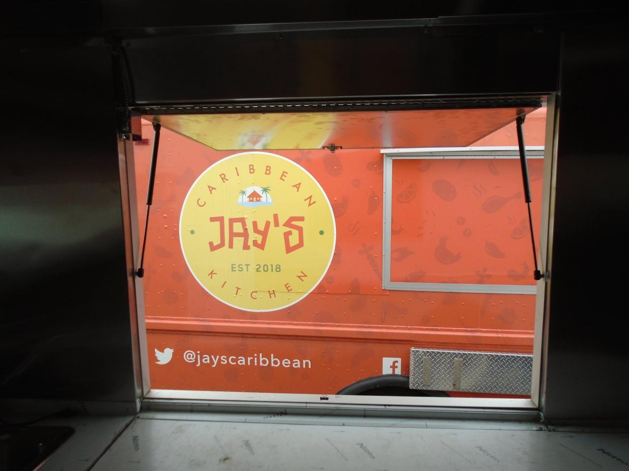 2007 Utilimaster food truck