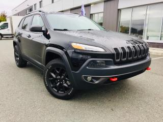 Used 2018 Jeep Cherokee TRAILHAWK  ENS. REMORQUAGE TOIT PANO. for sale in Ste-Marie, QC
