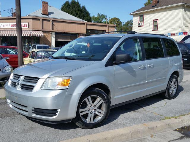 2010 Dodge Grand Caravan SXT Stow & Go Seating Power Seat & Alloy Wheels!