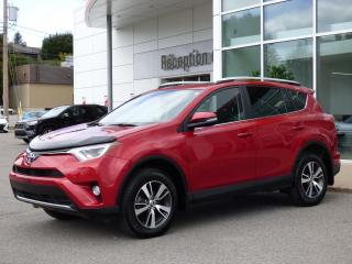 Used 2016 Toyota RAV4 XLE AWD - Toit ouvrant - Sièges chauff. for sale in Trois-Rivières, QC