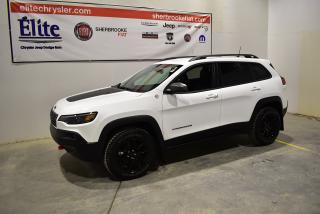Used 2019 Jeep Cherokee Trailhawk 4x4+Navigation+cuir+Bluetooth for sale in Sherbrooke, QC