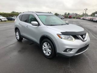 Used 2014 Nissan Rogue Sv + toit panoramique for sale in Lévis, QC