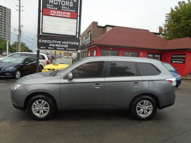 2014 Mitsubishi Outlander ES/ ONE OWNER / LEATHER/ CERTIFIED/ NEW BRAKES/