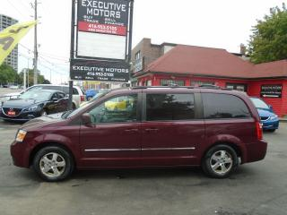 Used 2009 Dodge Grand Caravan SXT/ LOADED/ SWIVEL N GO SEATS / NAV / REV CAM / for sale in Scarborough, ON