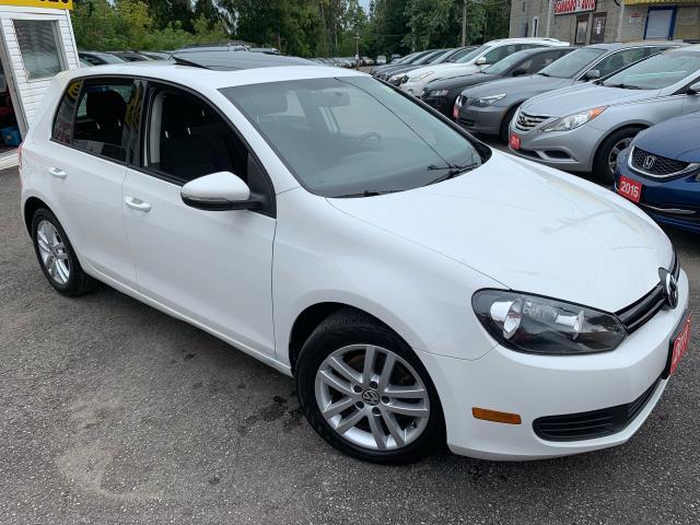 2011 Volkswagen Golf AUTO/ SUNROOF/ ALLOYS/ POWER GROUP/ LIKE NEW!