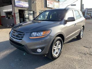 Used 2010 Hyundai Santa Fe Traction intégrale 4 portes V6 Auto GL a for sale in Montréal-Nord, QC