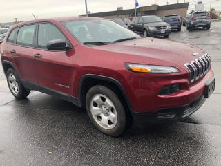 Used 2016 Jeep Cherokee CHEROKEE SPORT 4X4, Remote start system, ParkView for sale in Etobicoke, ON
