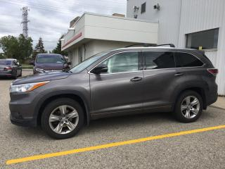 Used 2015 Toyota Highlander Limited Bluetooth, Back Up Camera, Navigation, and More! for sale in Waterloo, ON
