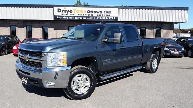 2009 Chevrolet Silverado 2500 HD LT CREW CAB 4X4 Z71 **ONLY 46000KM**